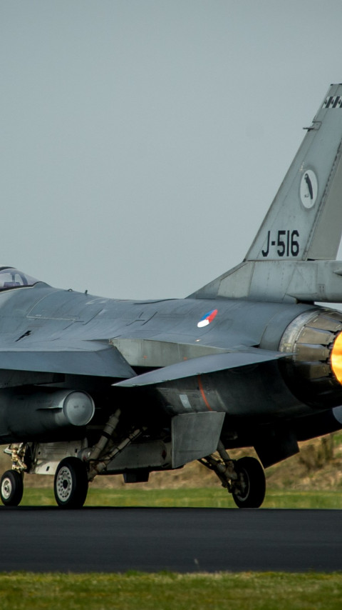 F 16 Fighting Falcon fighter aircraft wallpaper 480x854