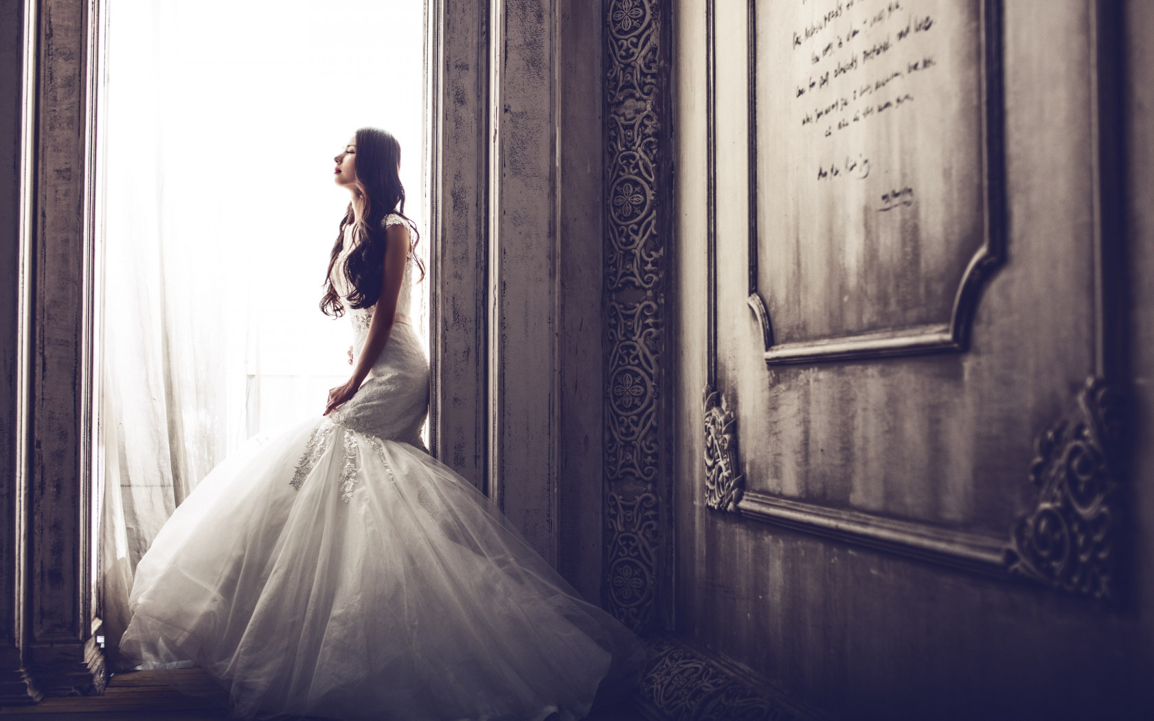 Bride in castle wallpaper 1680x1050