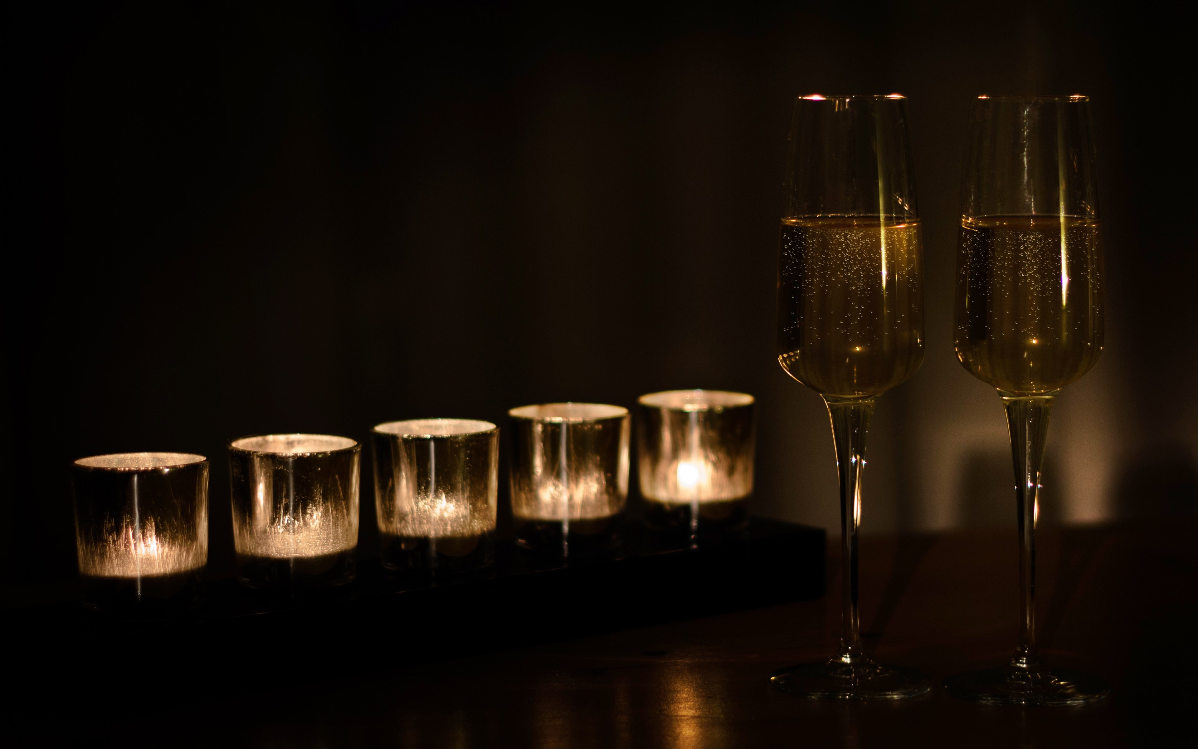 Champagne and candles | 3840x2400 wallpaper