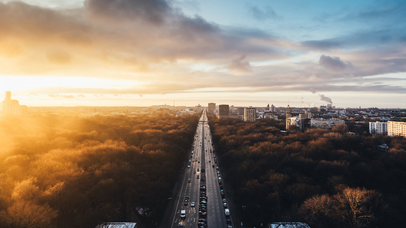 Sunset from Tiergarten wallpaper 1366x768