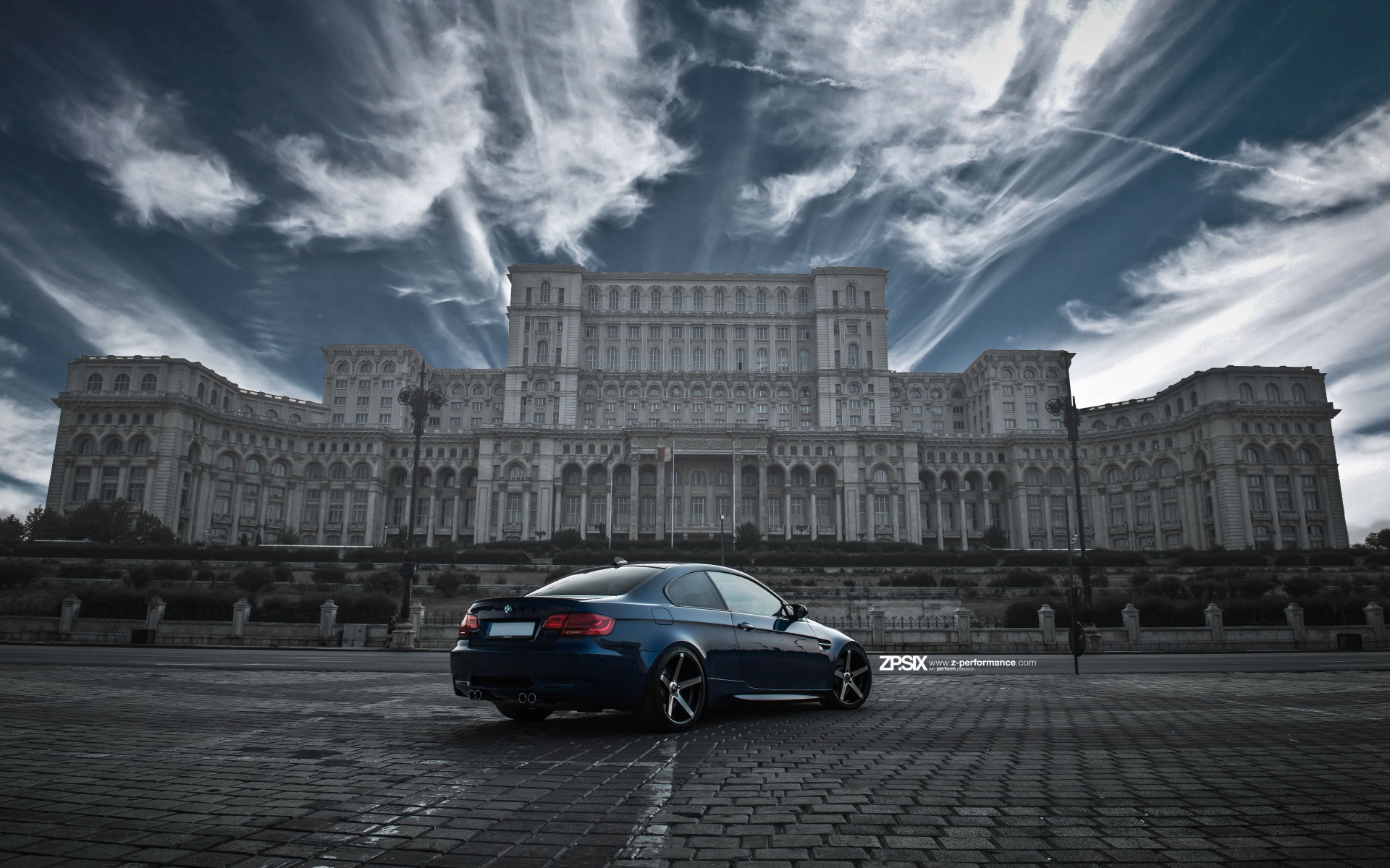 BMW E92 M3 in front of Palace of the Parliament wallpaper 1920x1200