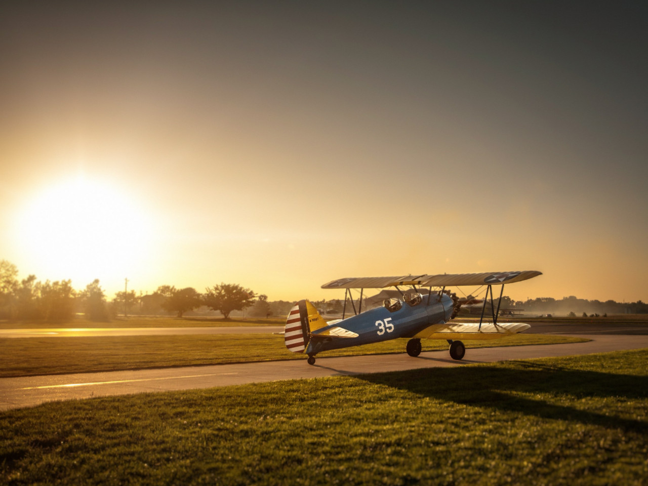 Boeing Stearman Airplane wallpaper 1280x960