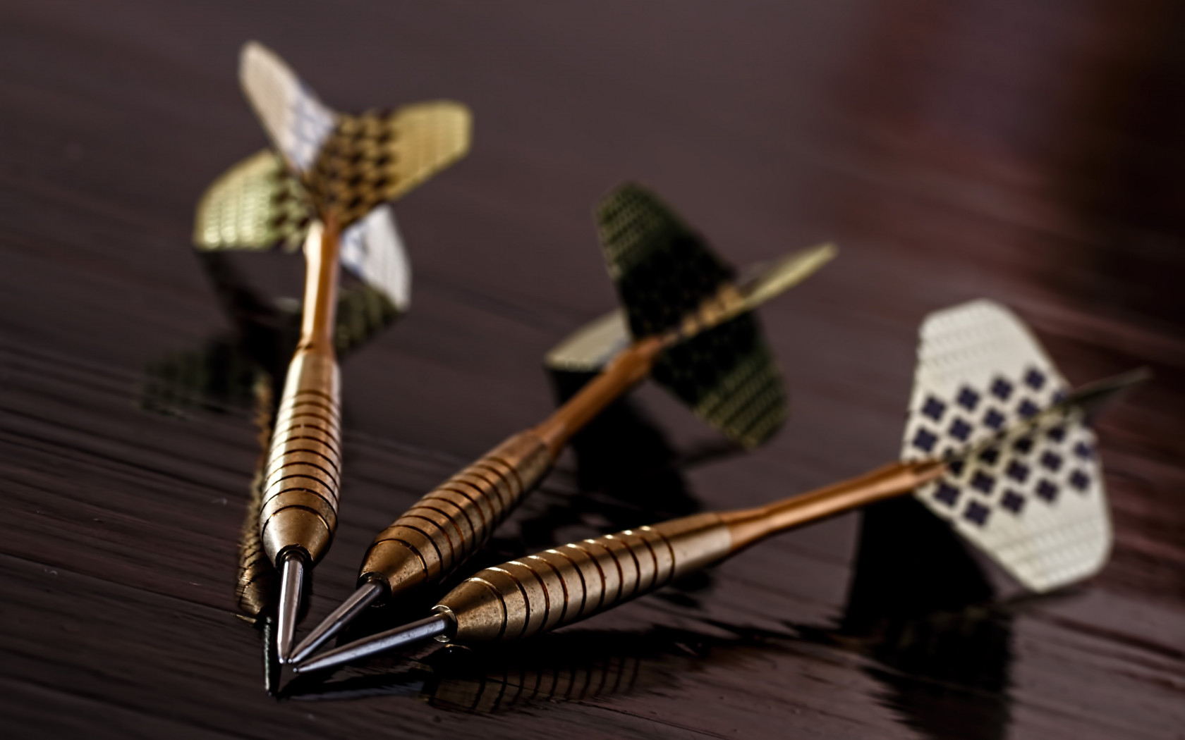 Darts arrows wallpaper 1680x1050