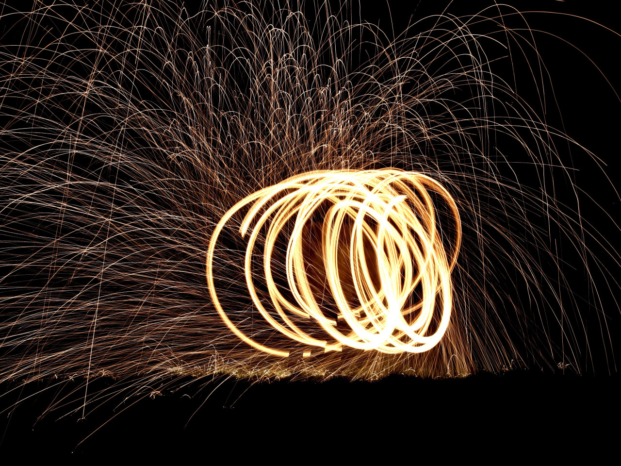 Spinning wire wool wallpaper 1280x960