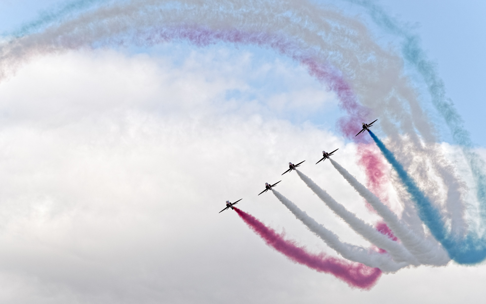 Red Arrows at Sywell Air Show wallpaper 1920x1200