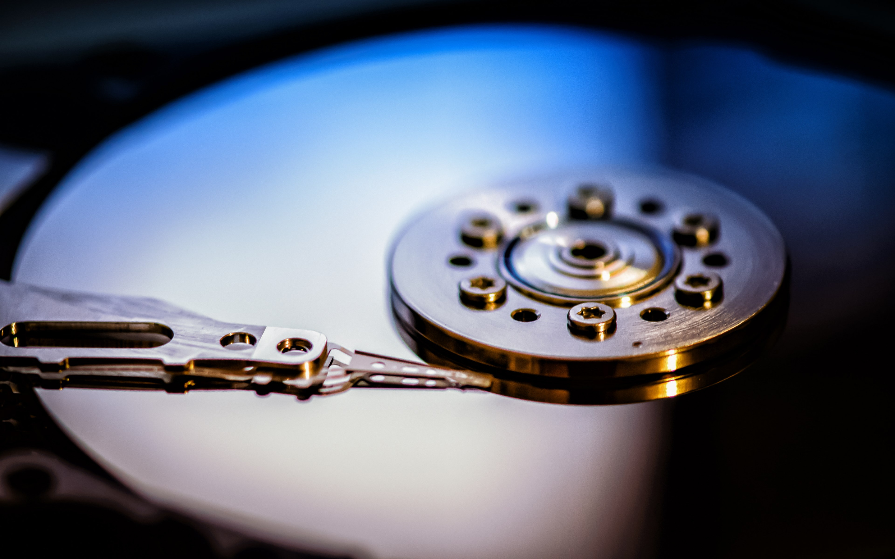 Hard disk drive wallpaper 2880x1800