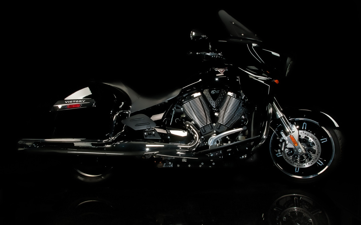 Victory motorcycle wallpaper 1440x900