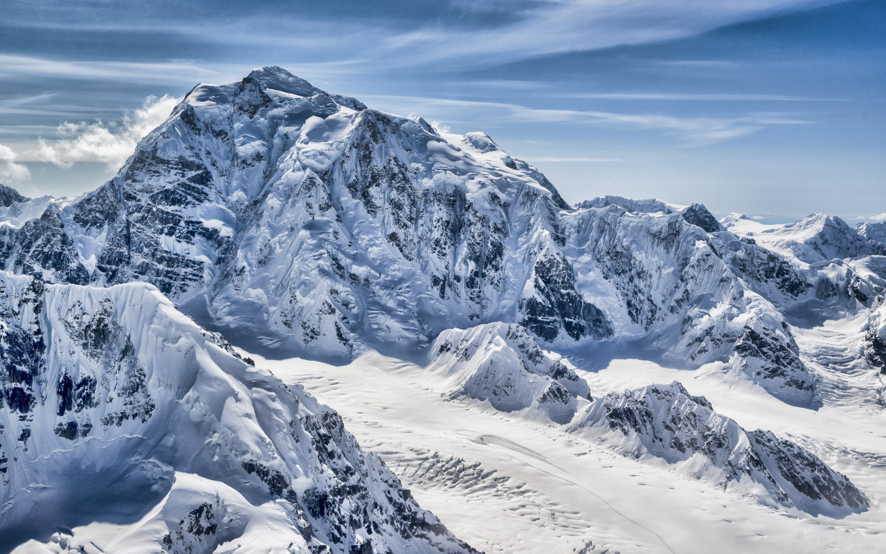 Mountain peak from Alaska wallpaper 1280x800