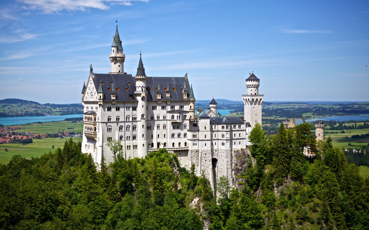 Neuschwanstein castle wallpaper 1280x800