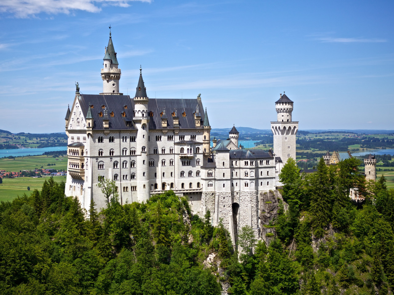 Neuschwanstein castle wallpaper 1280x960