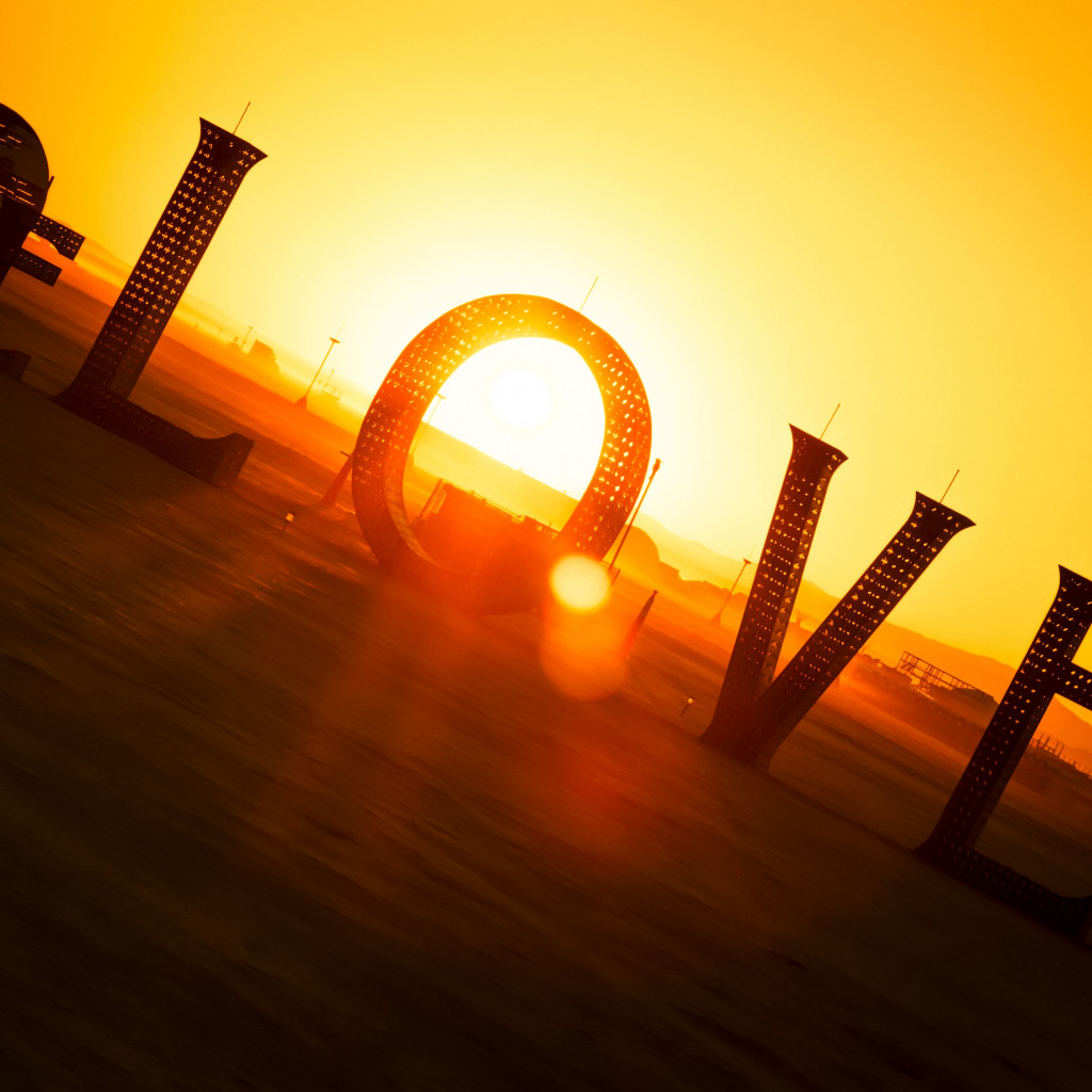 Love from Burning Man festival wallpaper 1024x1024