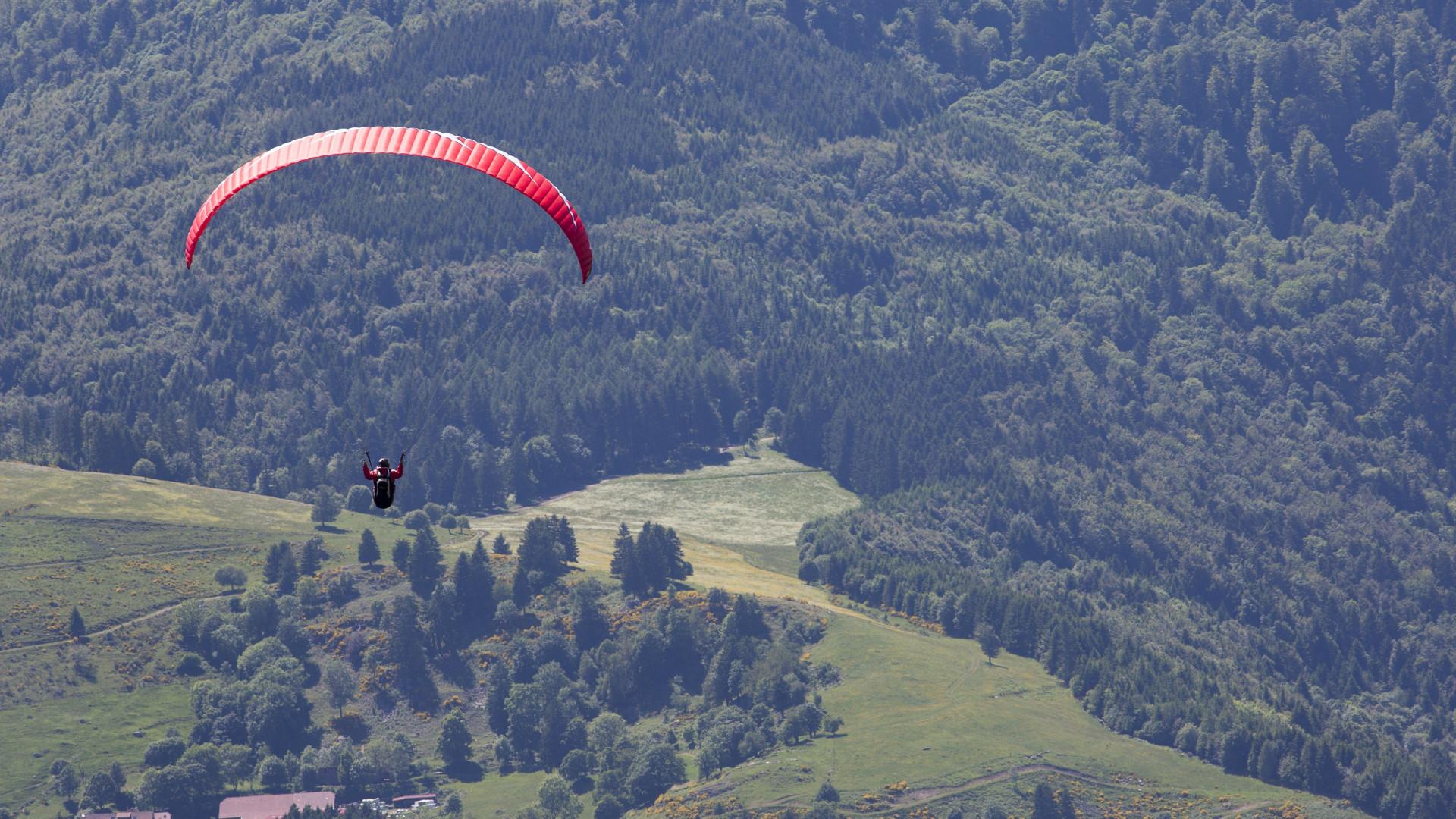 paragliding 1920x1080 wallpaper | download link
