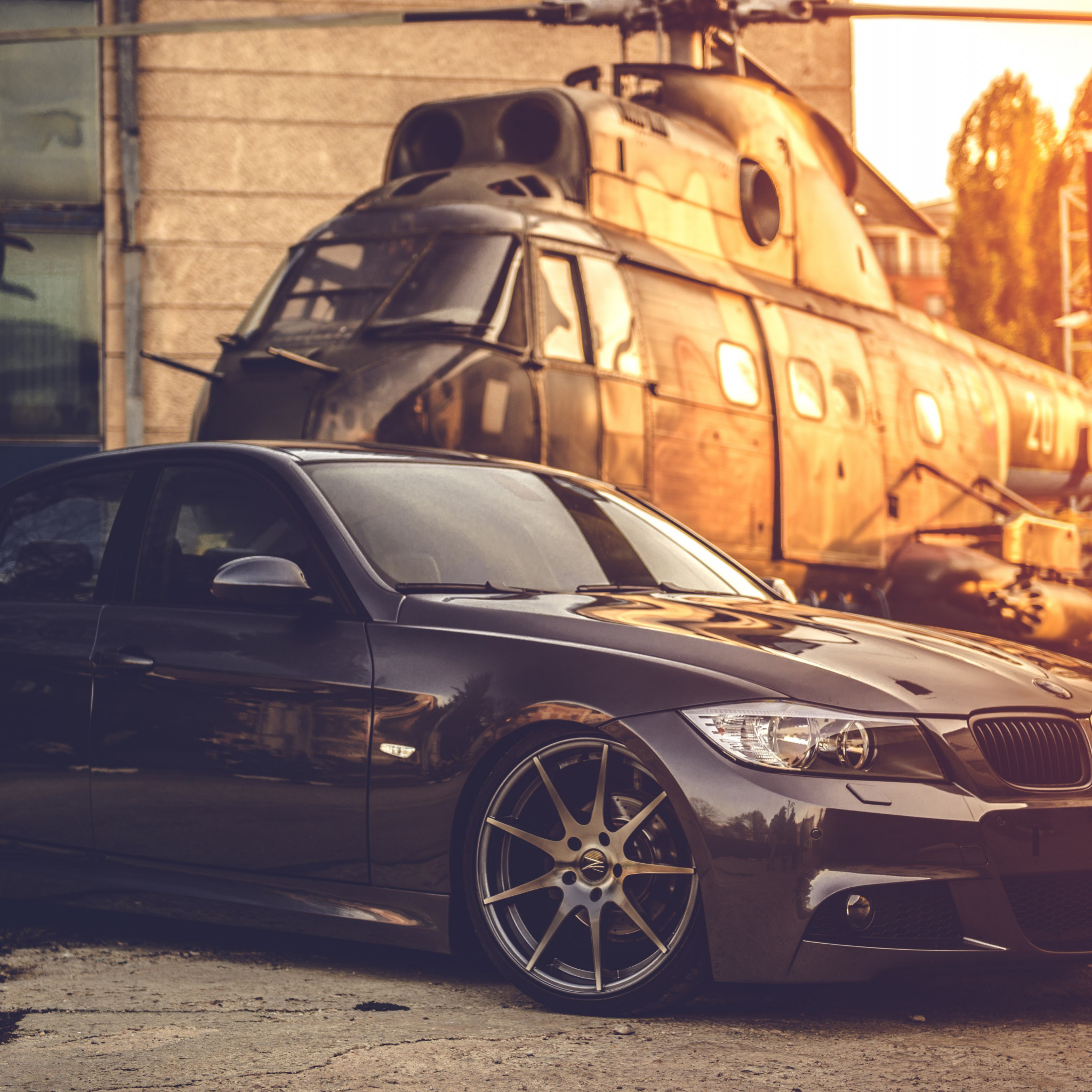 BMW E90 and one helicopter wallpaper 2048x2048
