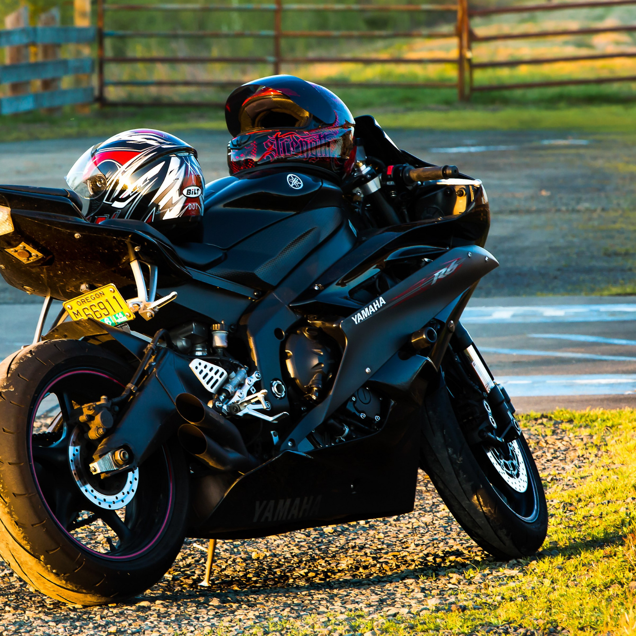 Yamaha R6 | 2048x2048 wallpaper