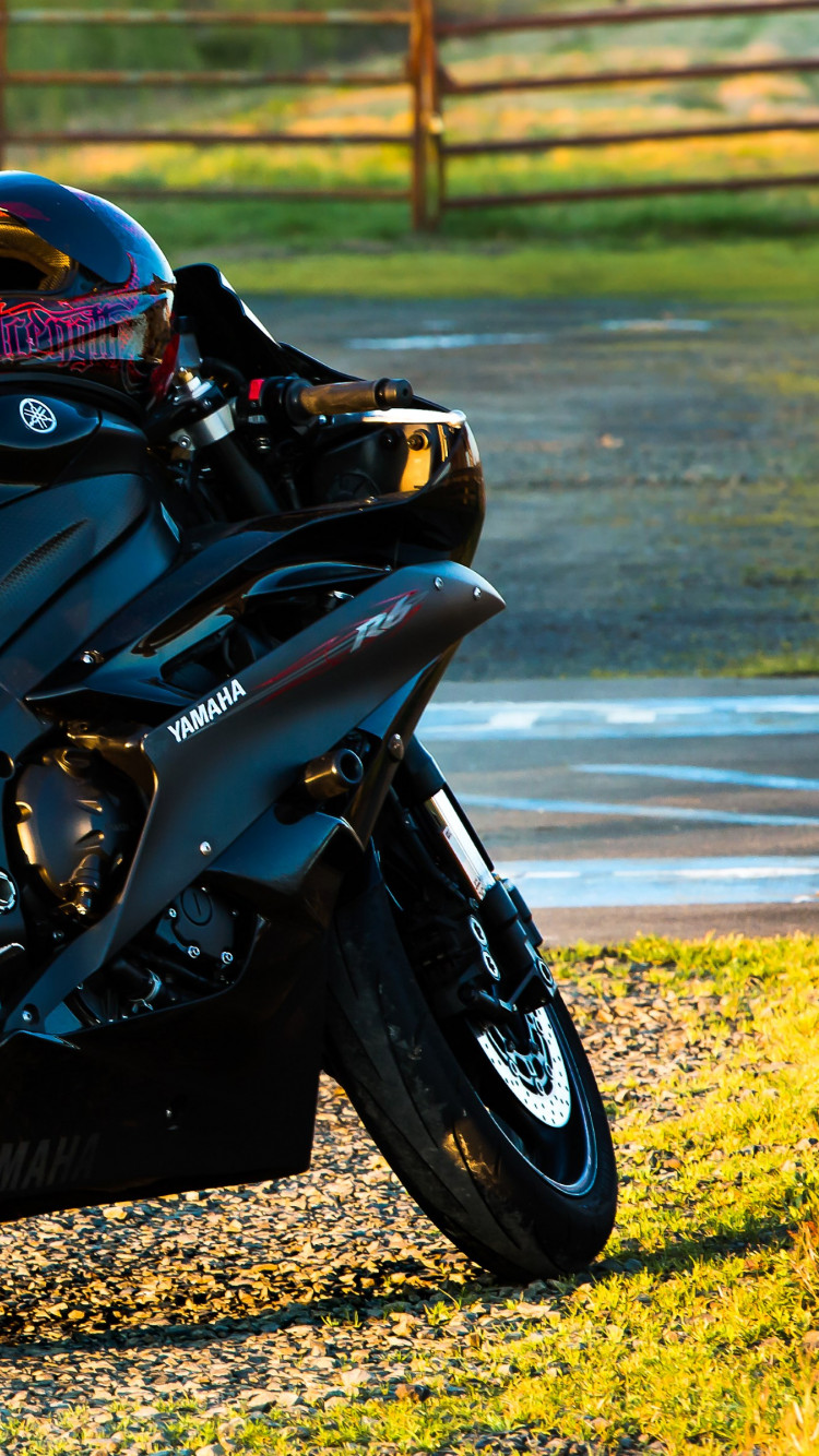 Yamaha R6 wallpaper 750x1334