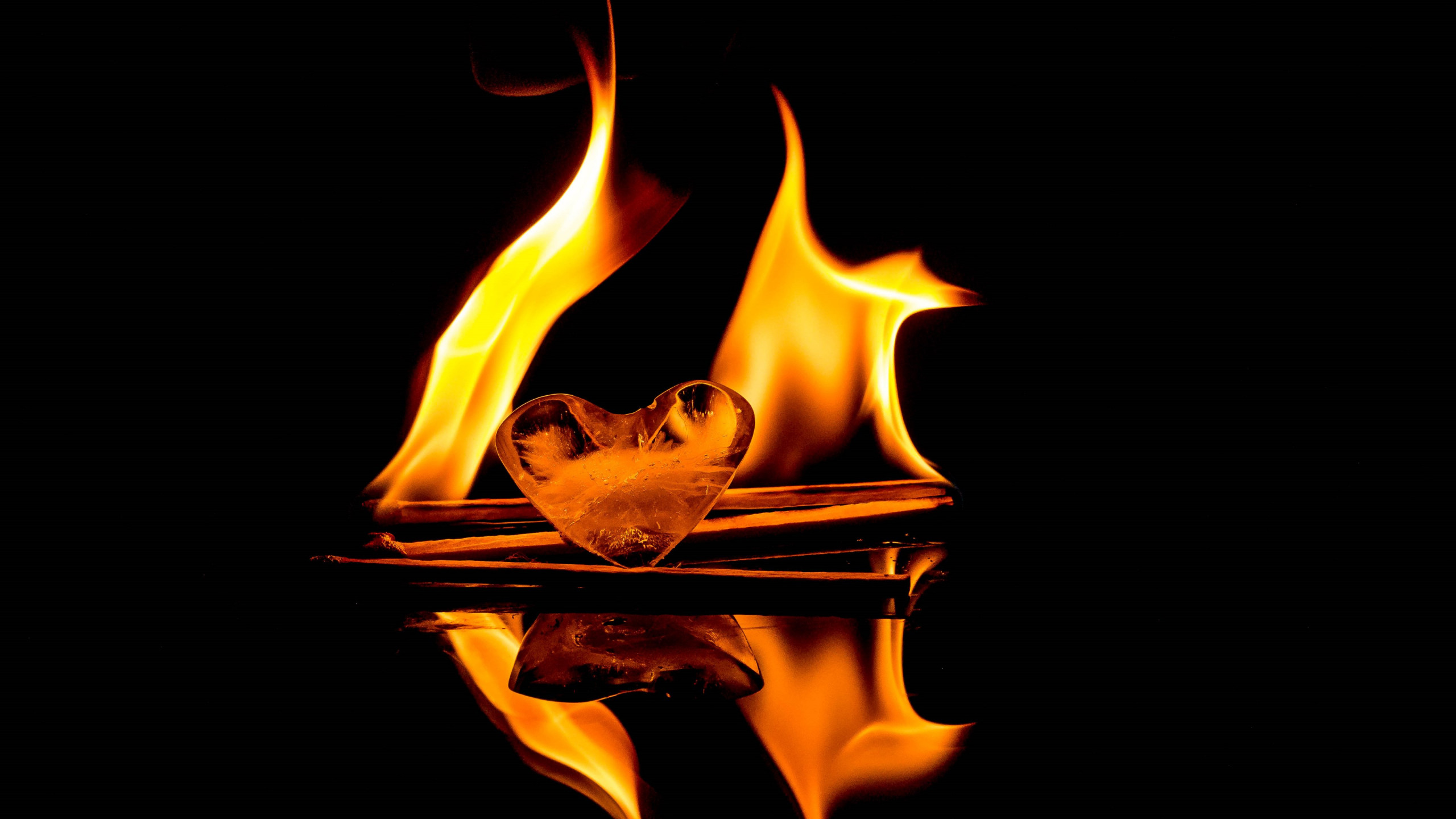 Download Wallpaper Fire Vs Ice 2560x1440