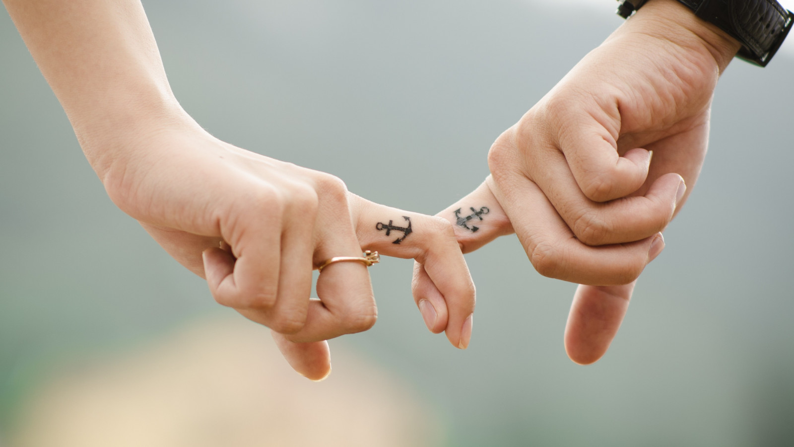 Hands, love, couple, ring wallpaper 1600x900