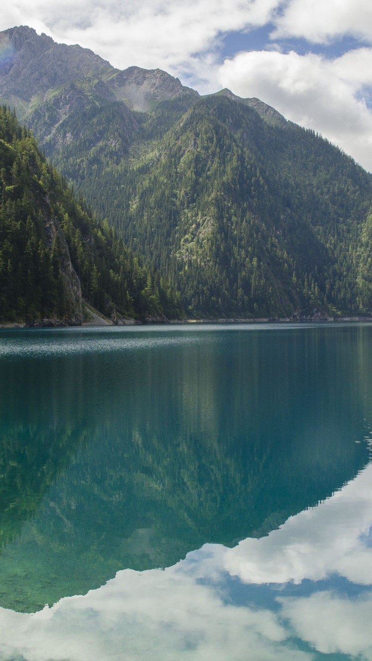 Landscape from Jiuzhaigou valley wallpaper 750x1334