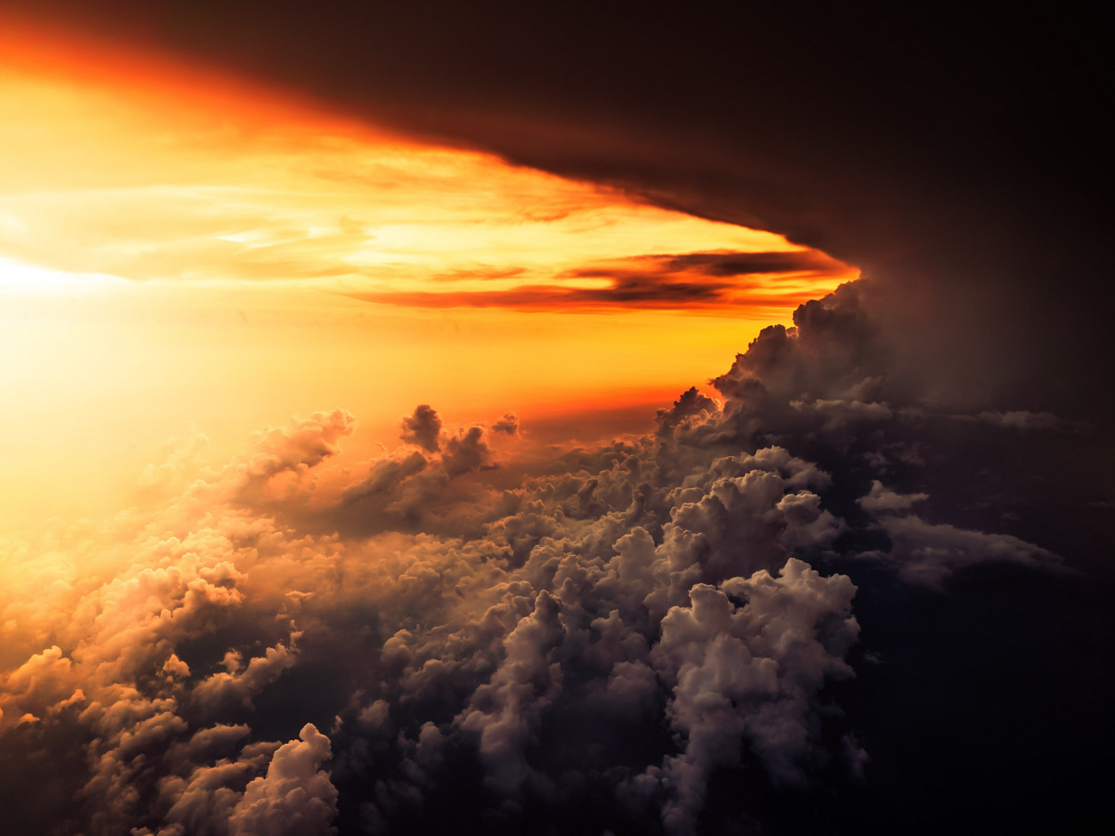 How is look the best sunset from airplane wallpaper 1600x1200