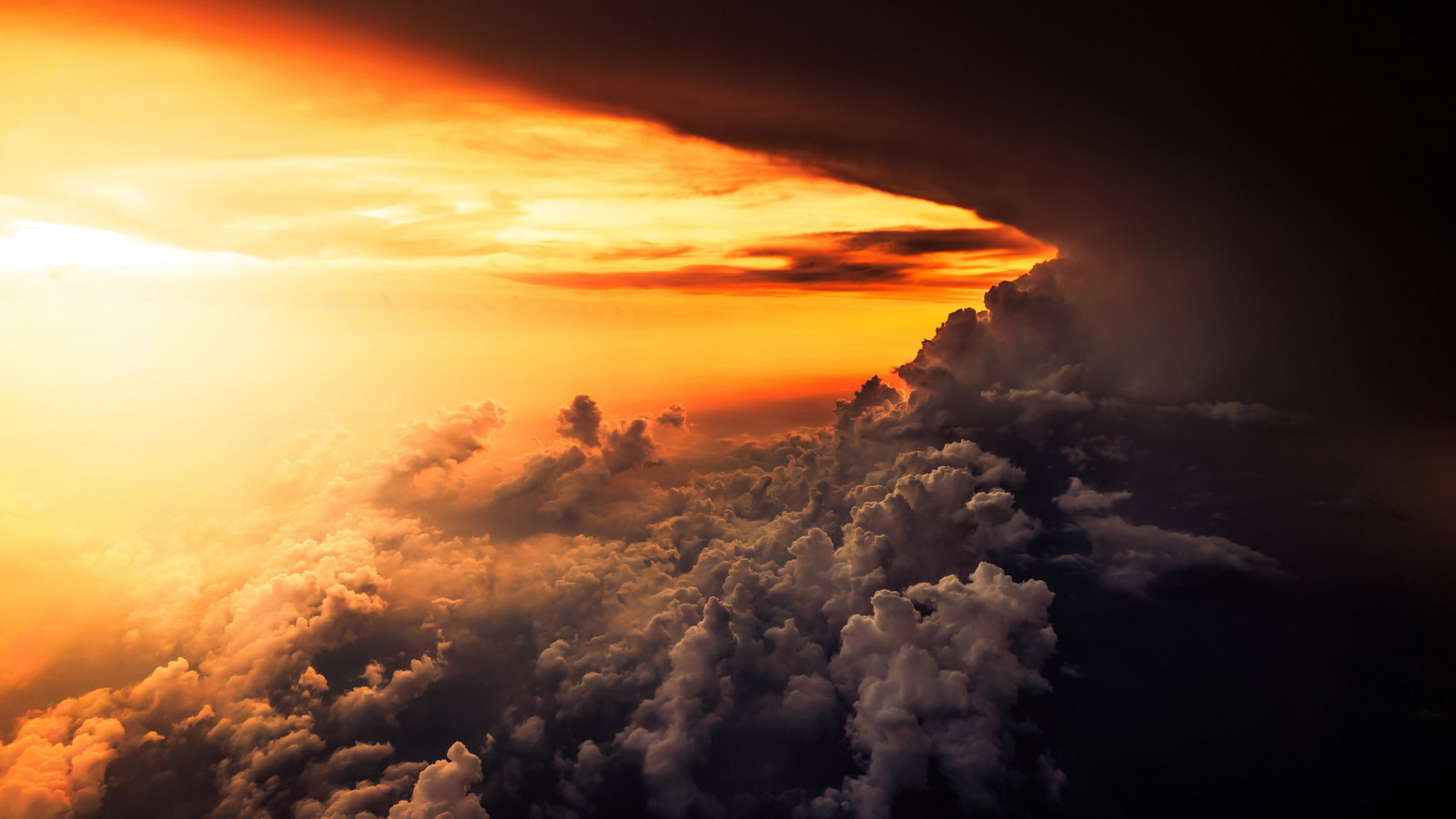 How is look the best sunset from airplane wallpaper 1600x900