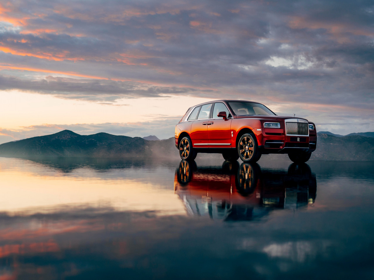 Rolls Royce Cullinan | 1280x960 wallpaper