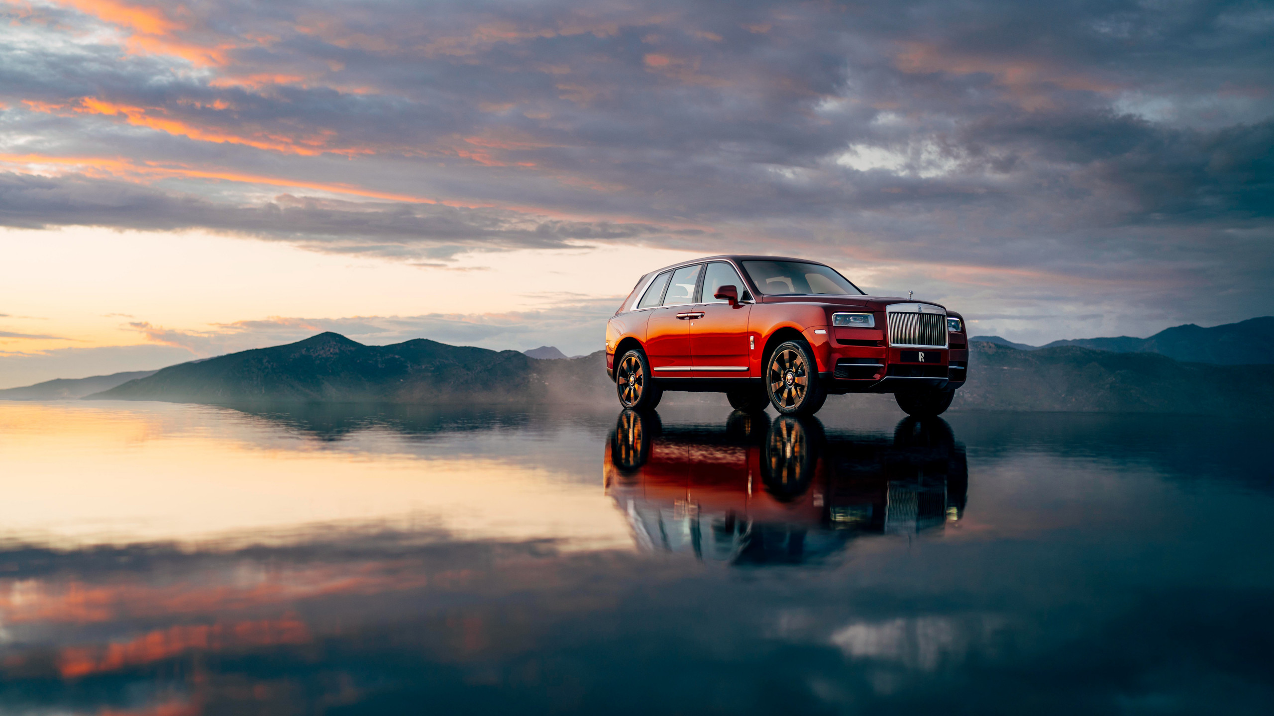 Rolls Royce Cullinan wallpaper 2560x1440