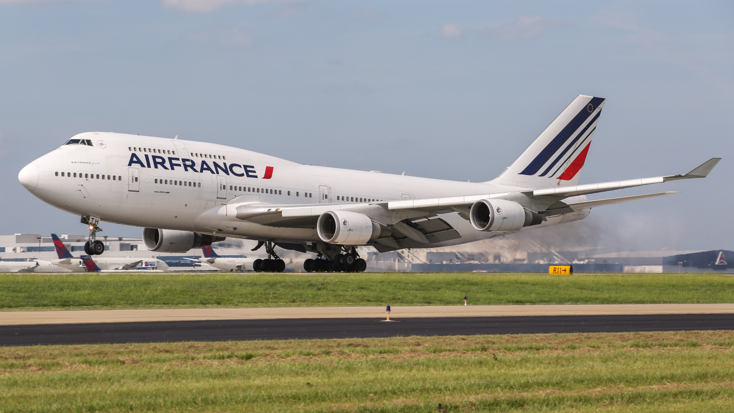 Air France Boeing 747 wallpaper 2560x1440