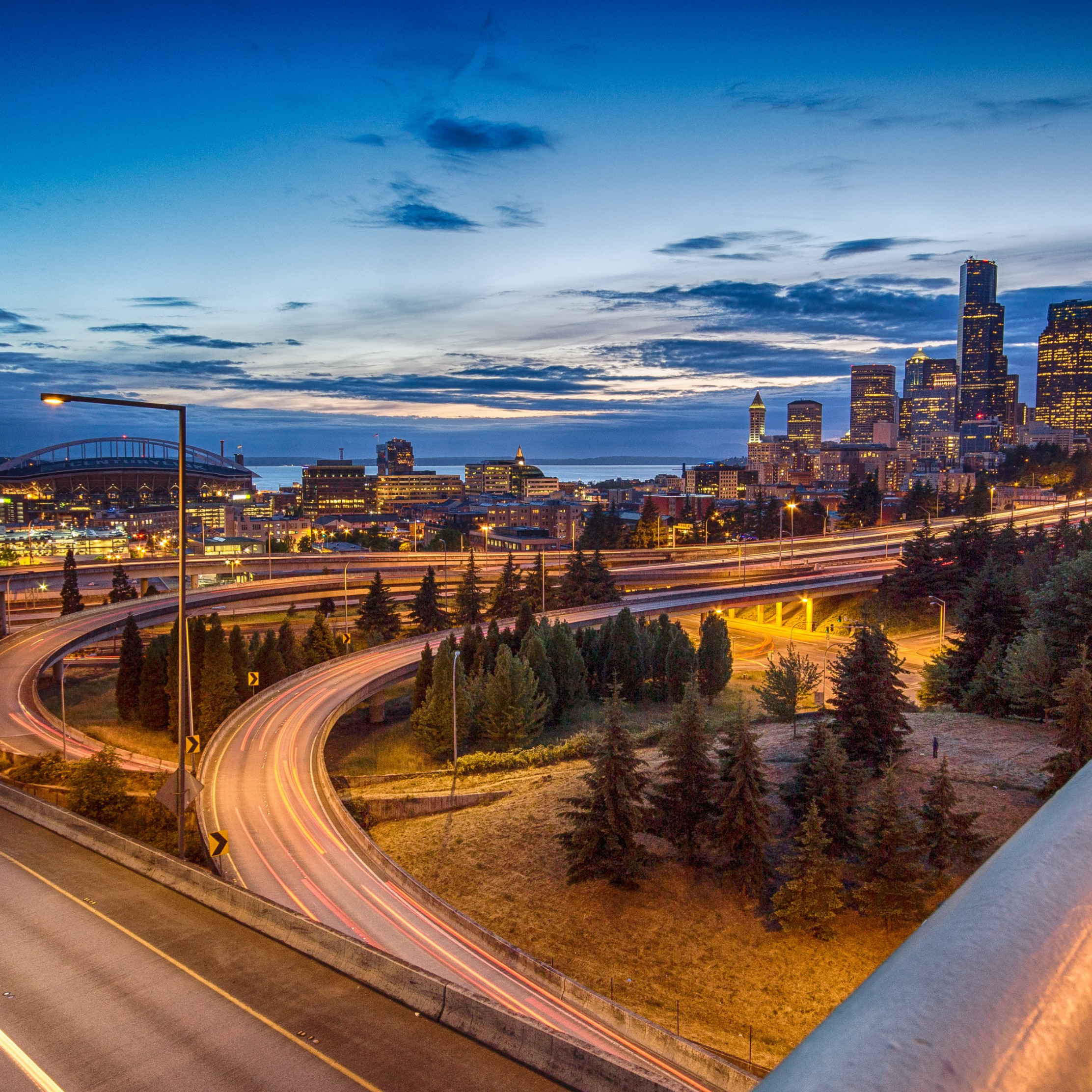 Seattle skyline wallpaper 2224x2224
