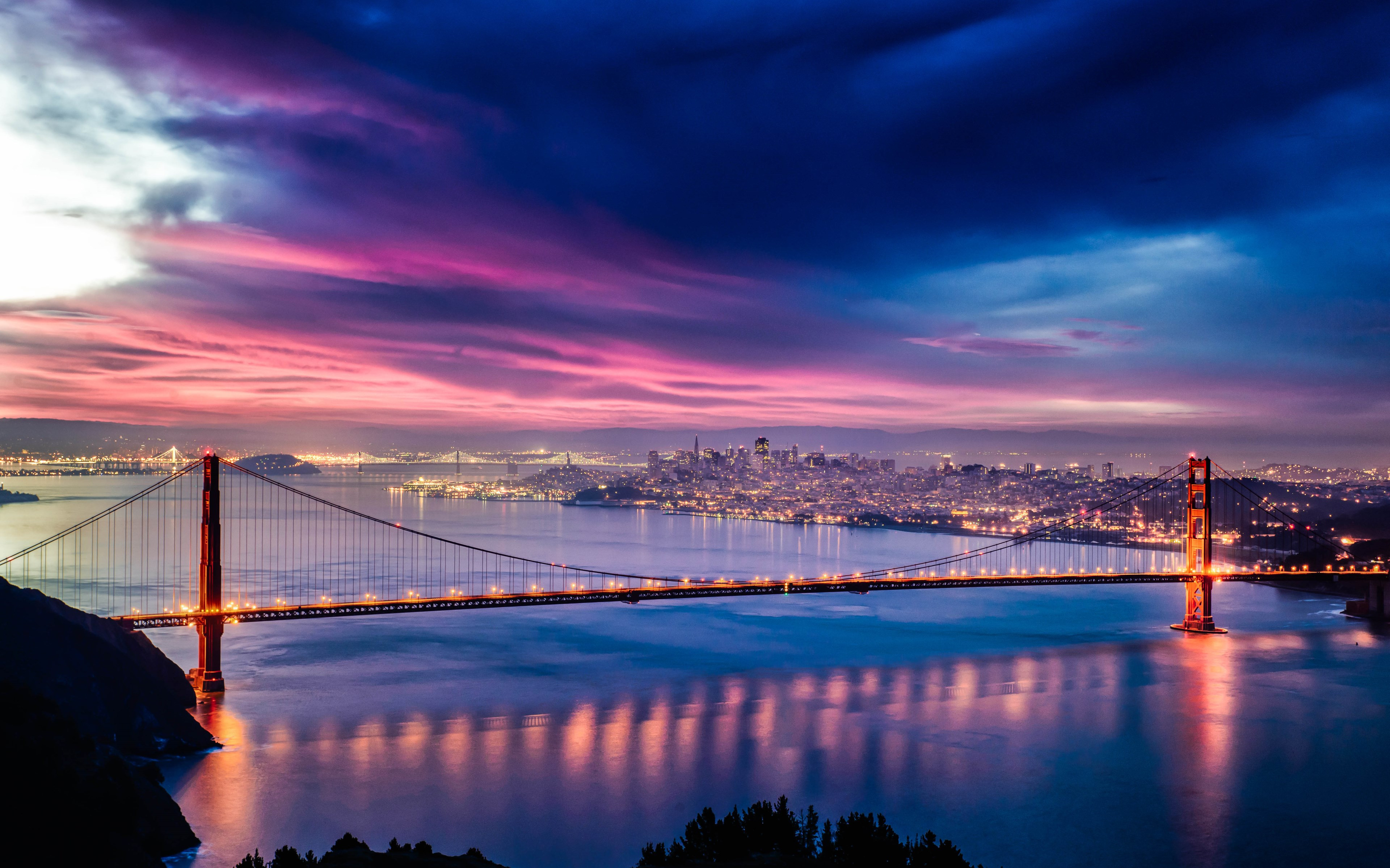 Skyfire over San Francisco Bay Bridge wallpaper 3840x2400