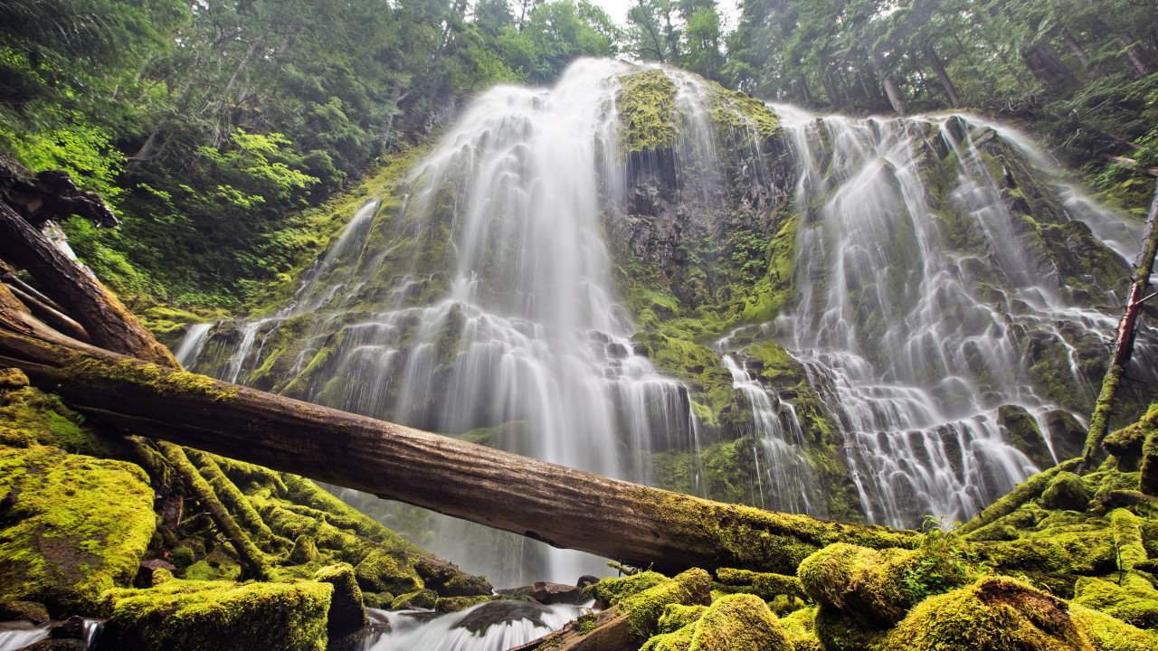 Proxy falls wallpaper 1280x720