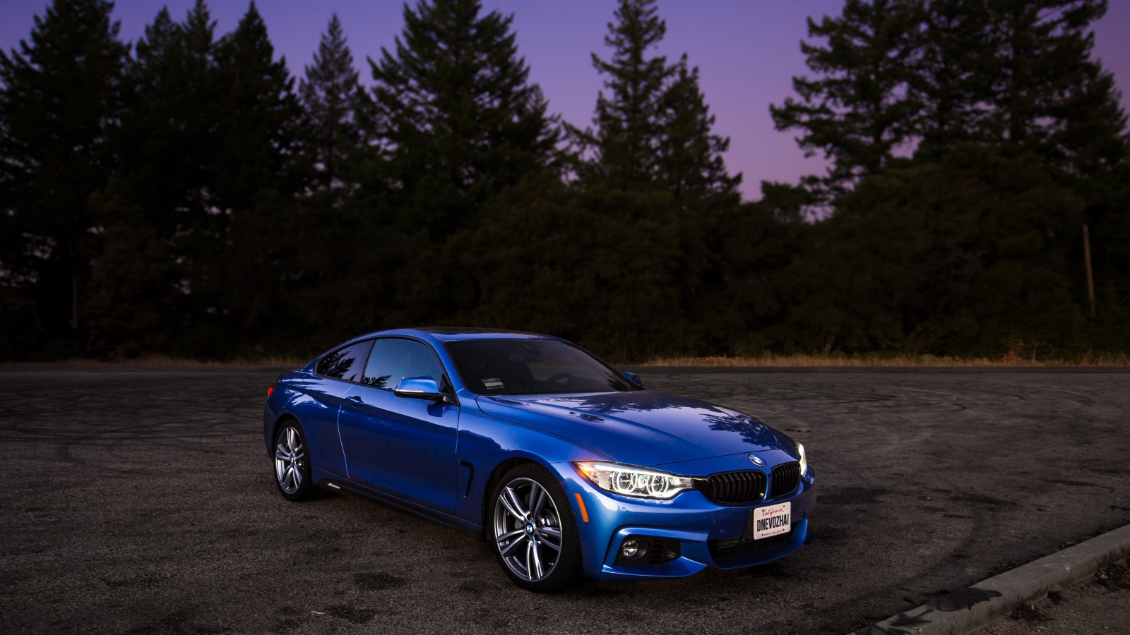 BMW 440i M wallpaper 1600x900