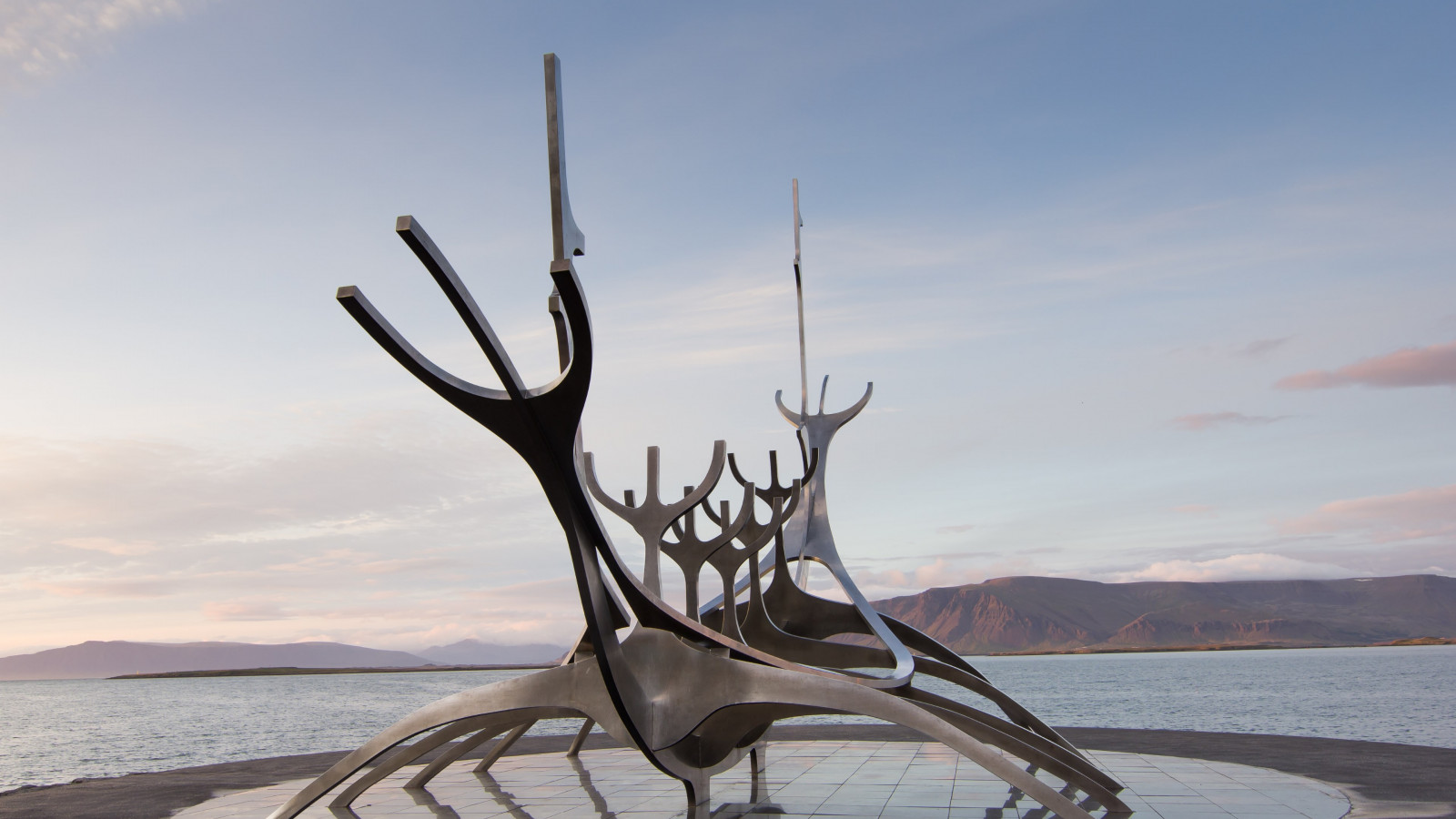 The Sun Voyager from Reykjavik, Iceland | 1600x900 wallpaper