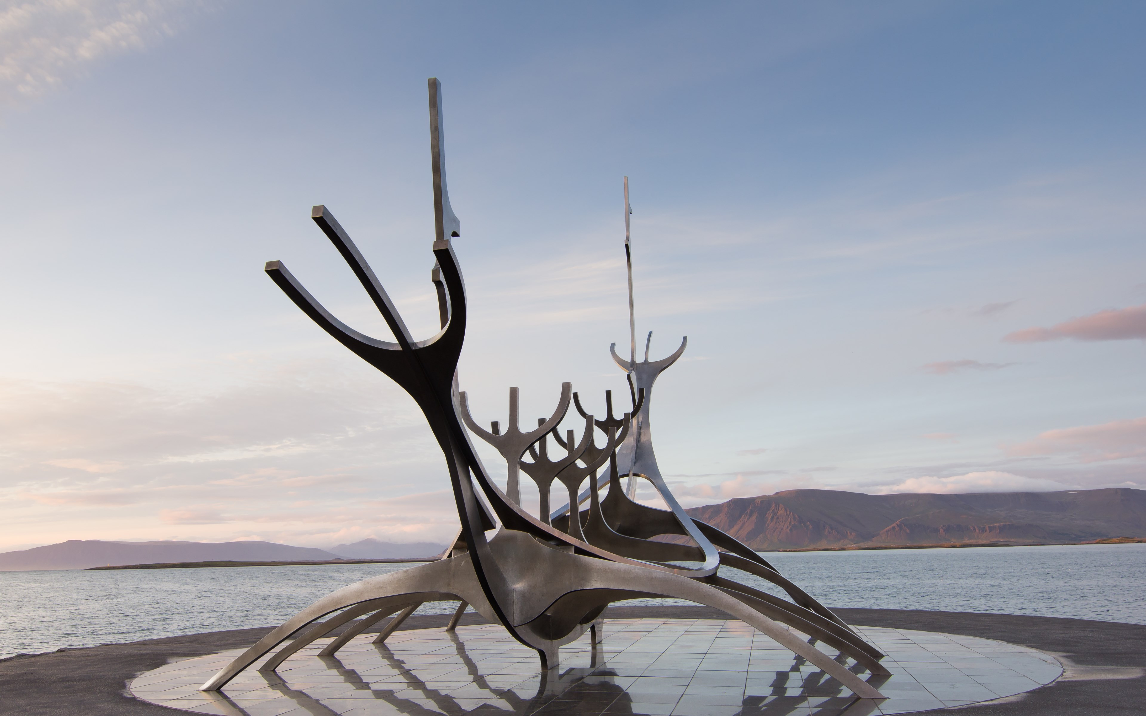 The Sun Voyager from Reykjavik, Iceland | 3840x2400 wallpaper