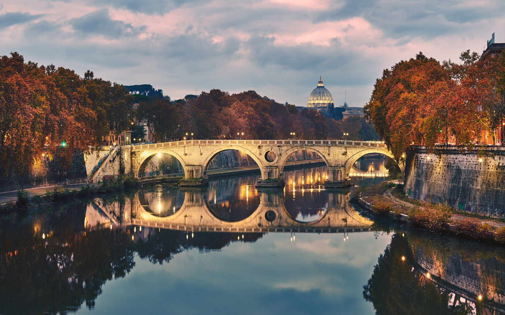 Ponte Sisto in Rome, Italy wallpaper 1680x1050