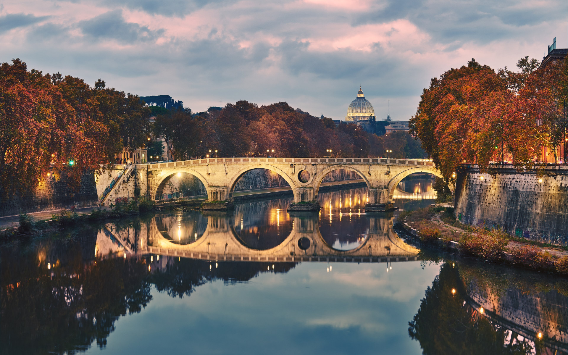 Ponte Sisto in Rome, Italy wallpaper 1920x1200