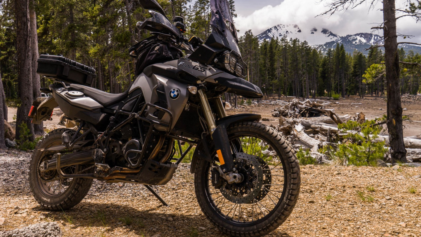 BMW F800GS motorcycle | 1366x768 wallpaper