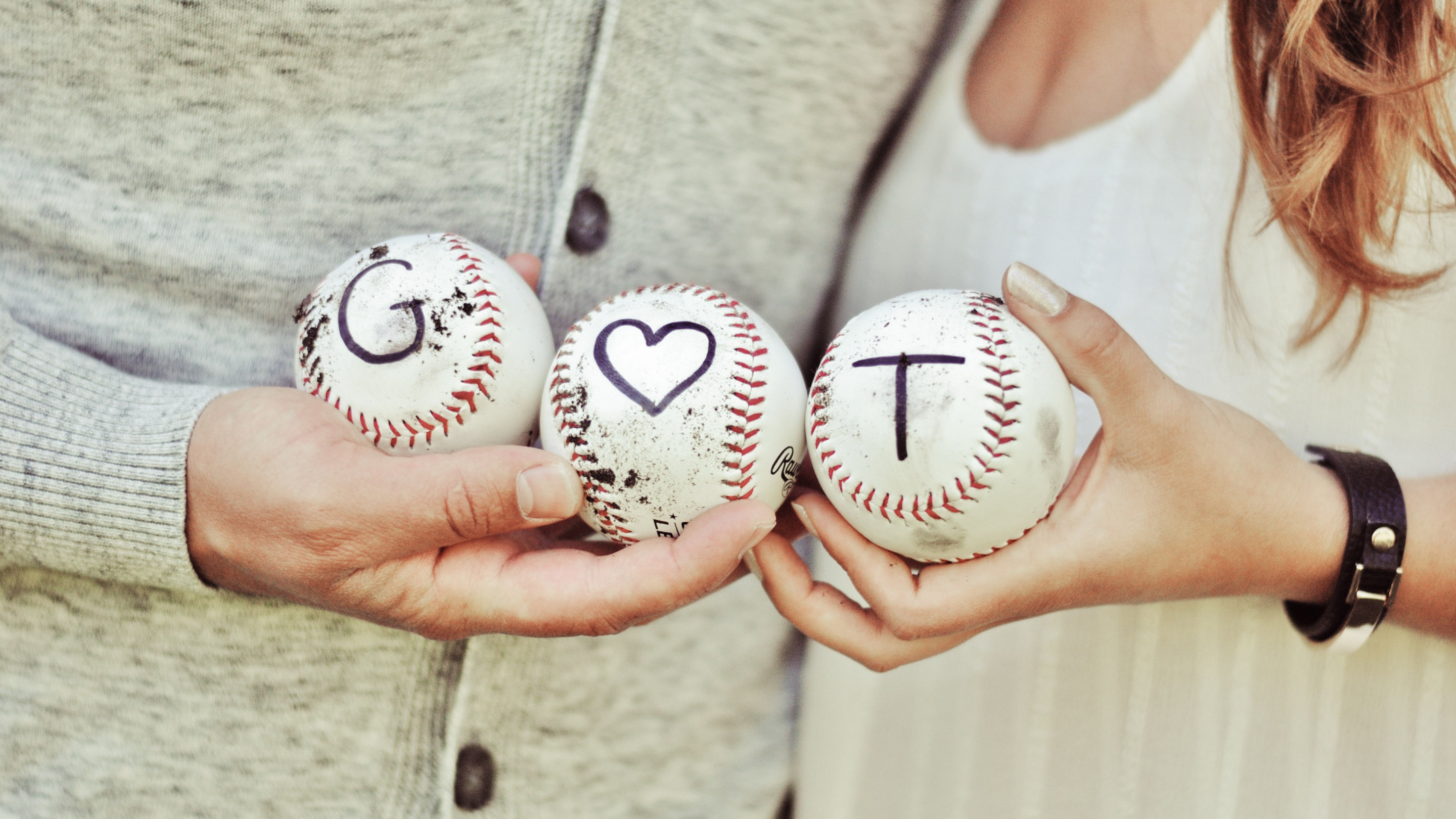 Lovers, couple, baseball wallpaper 2880x1620