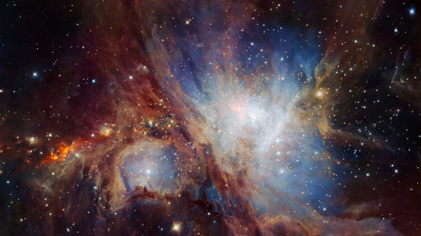 Infrared view of the Orion Nebula | 1366x768 wallpaper