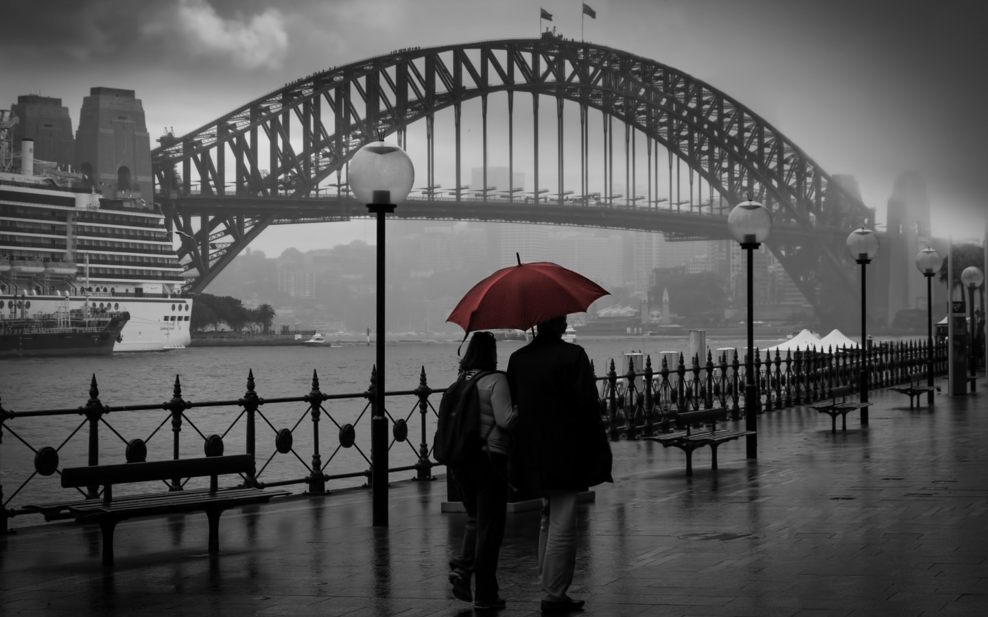 People visiting Circular Quay, Sydney wallpaper 1440x900