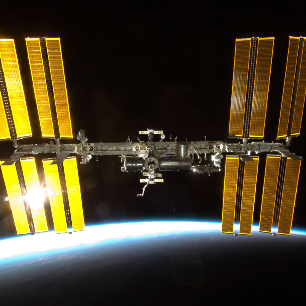 International Space Station wallpaper 1024x1024