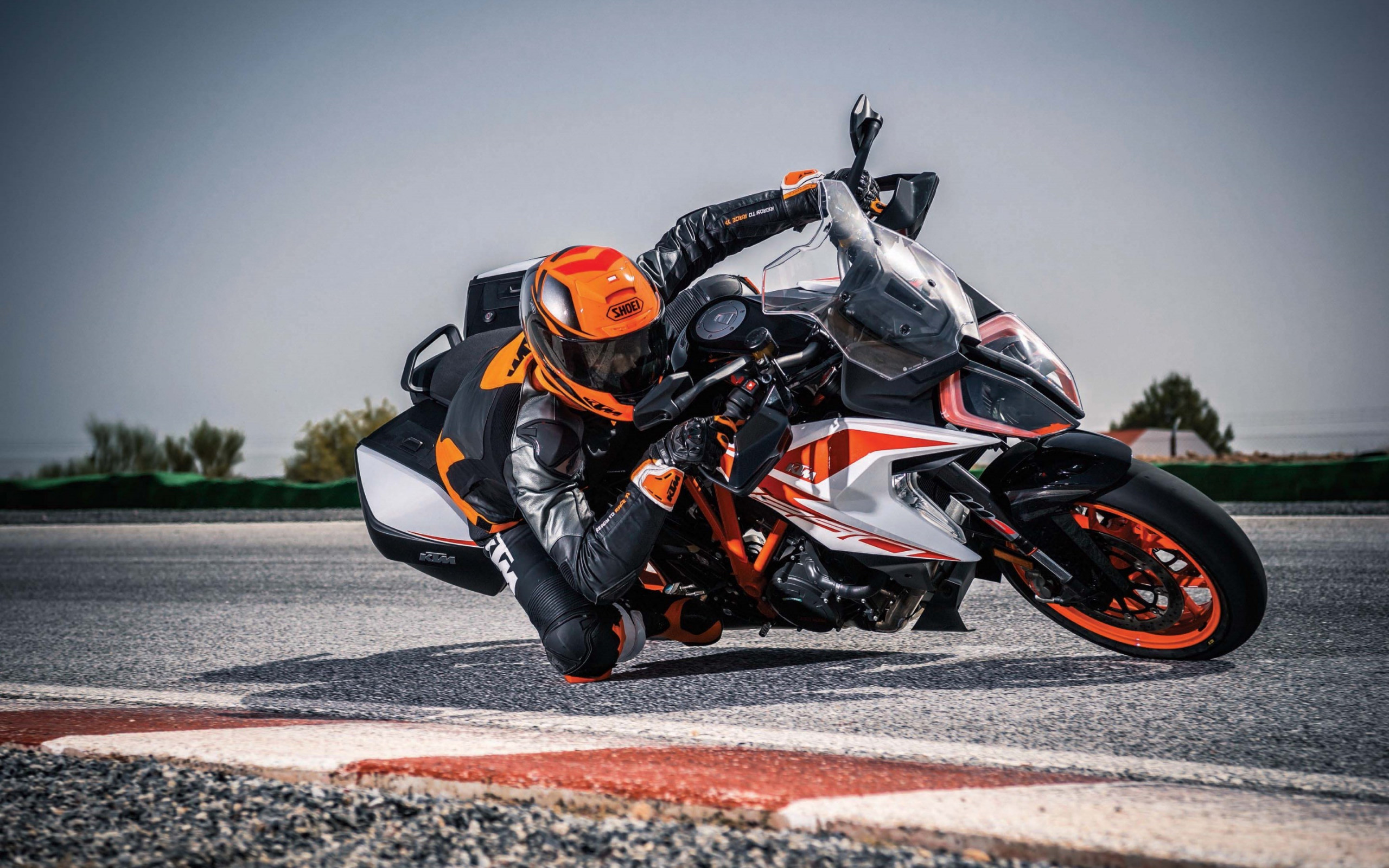 KTM 1290 Super Duke GT wallpaper 2560x1600