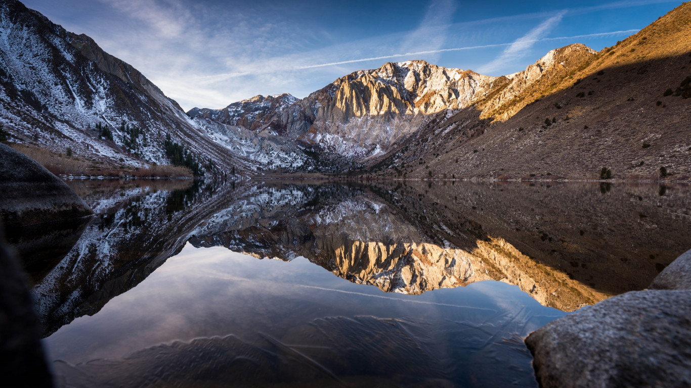 Convict lake began to freeze wallpaper 1366x768
