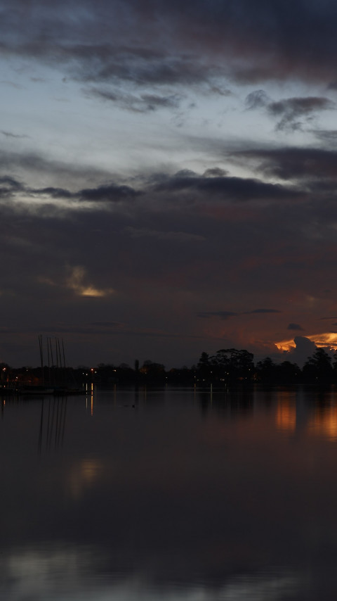 Sunset above Lake Wendouree in Australia wallpaper 480x854
