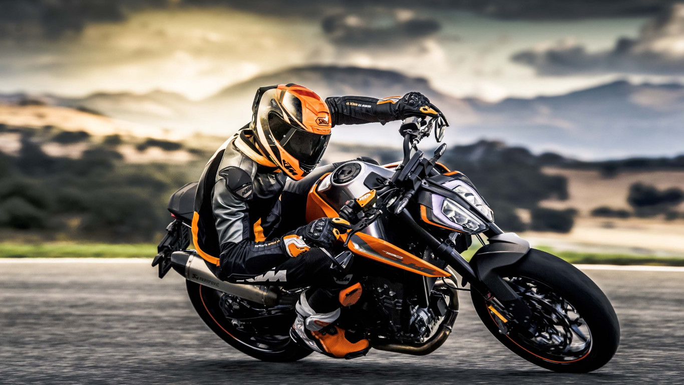 KTM 790 Duke wallpaper 1366x768