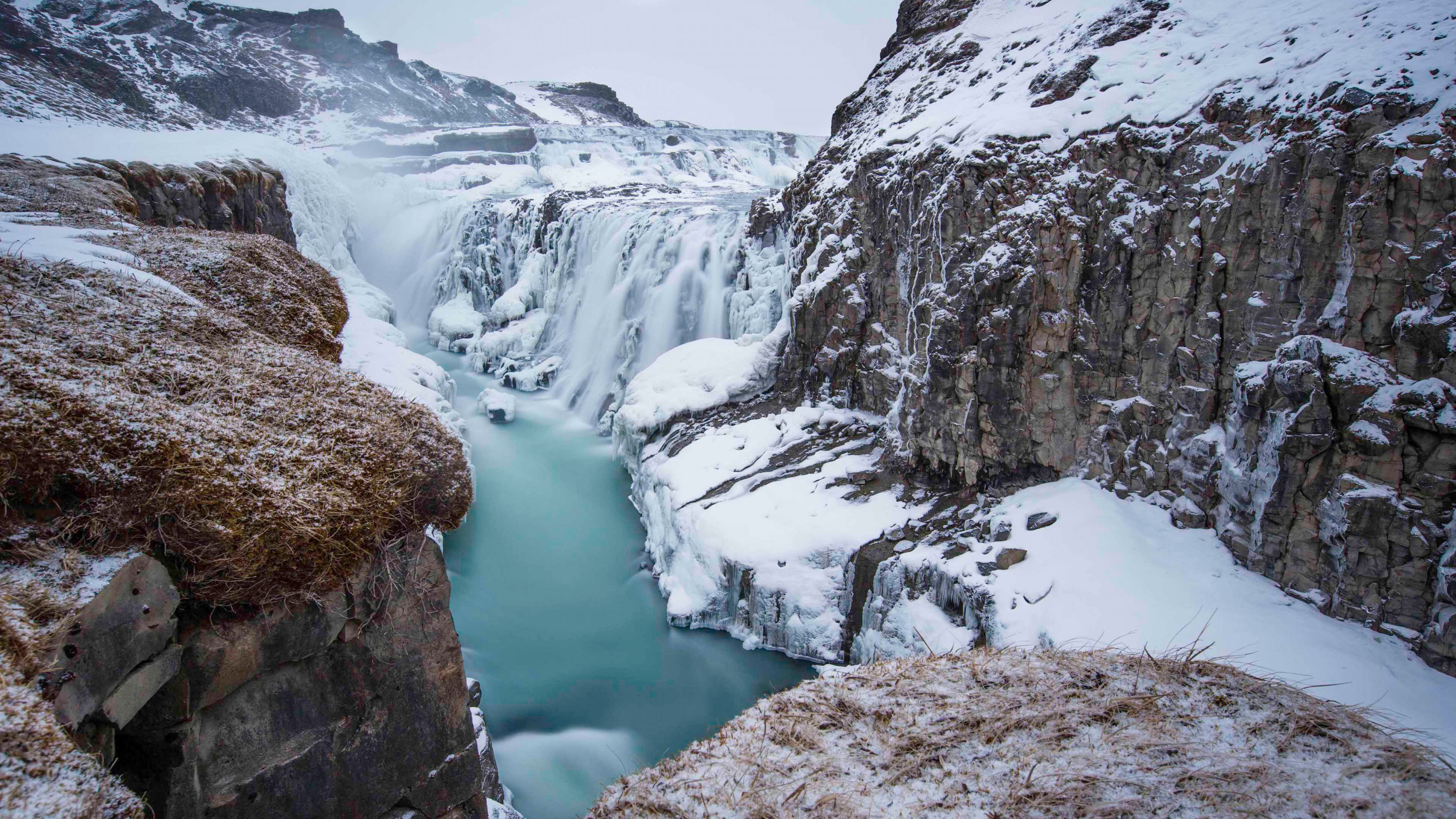 Gullfoss waterfall in Iceland | 2880x1620 wallpaper