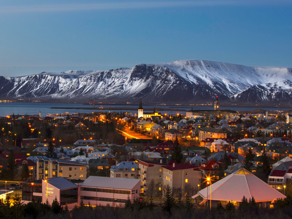 View over the Reykjavik city | 1024x768 wallpaper