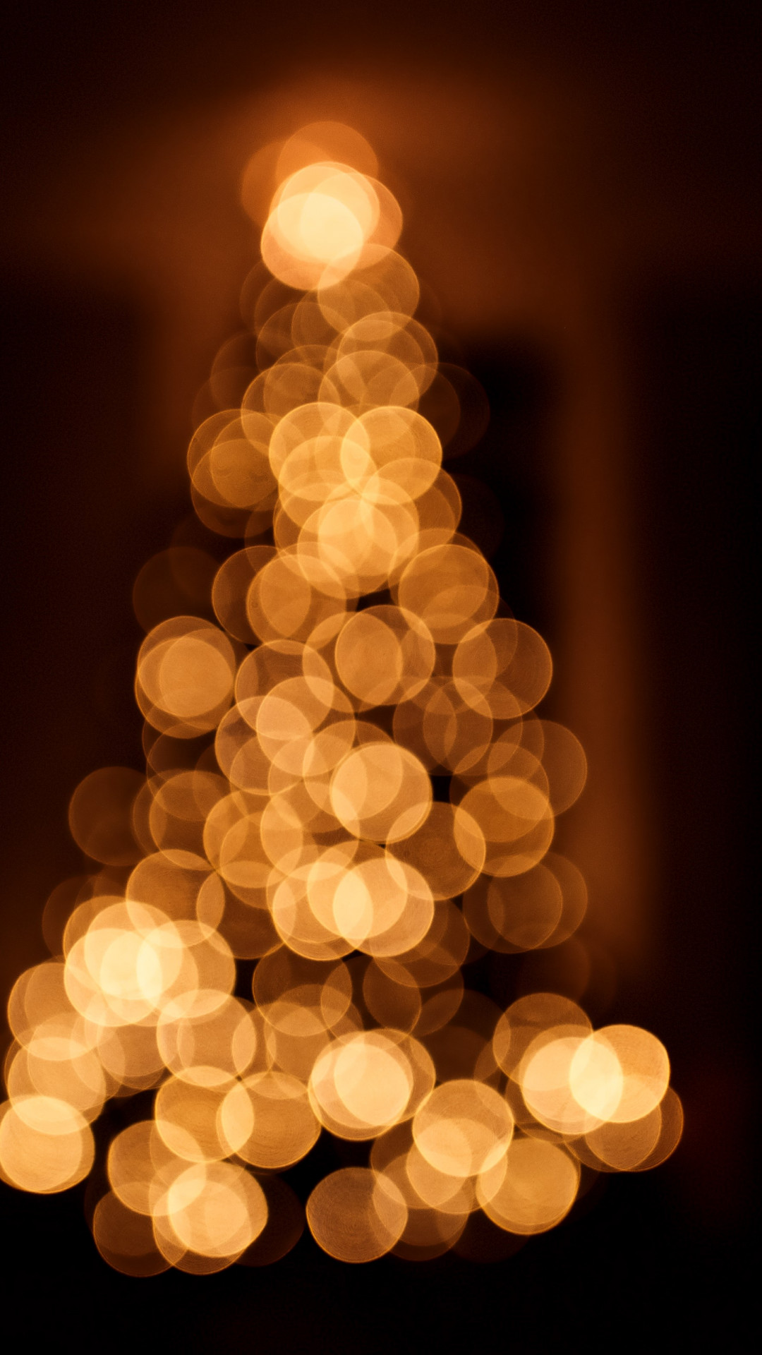 Bokeh Christmas tree wallpaper 1080x1920