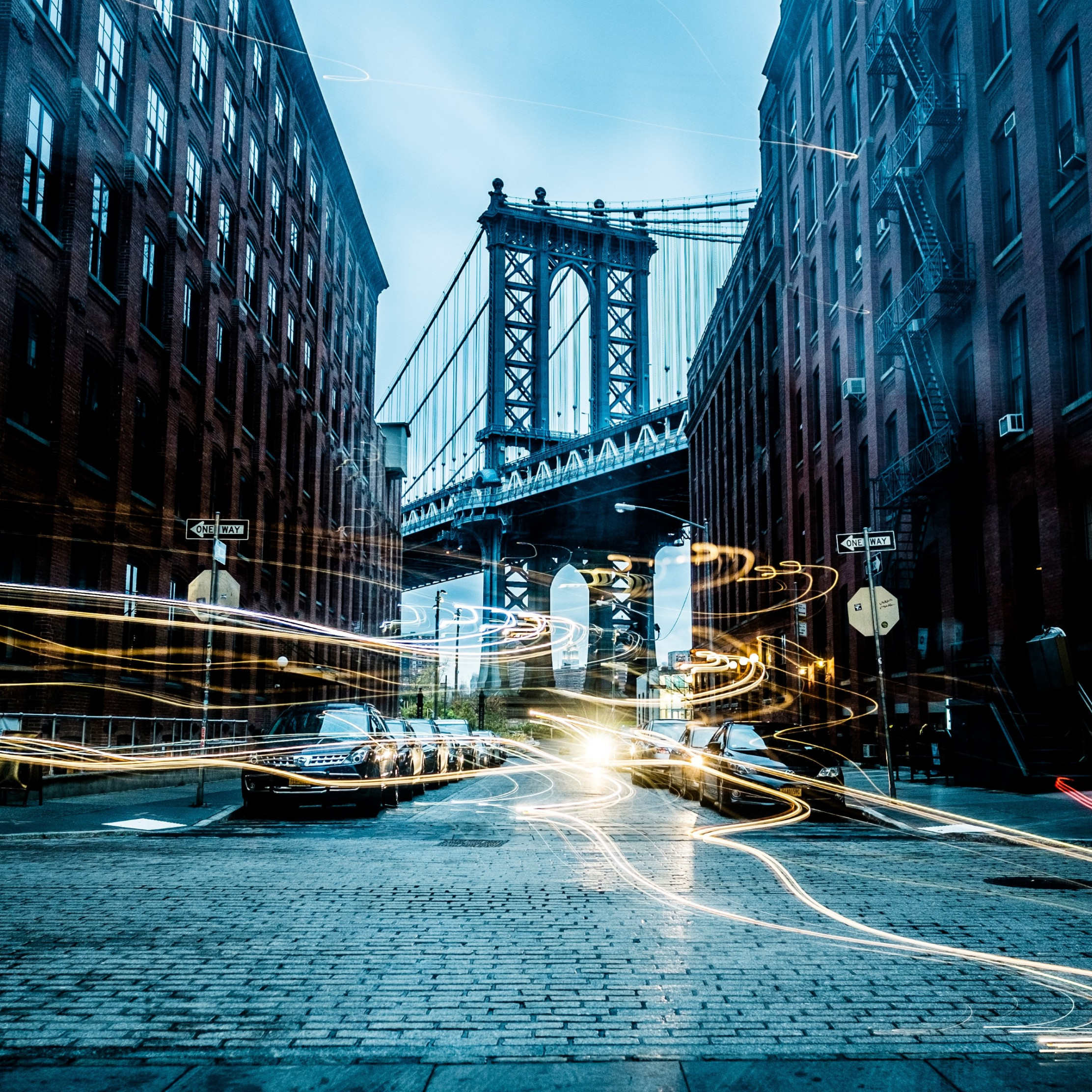 Light painting on New York streets | 2224x2224 wallpaper