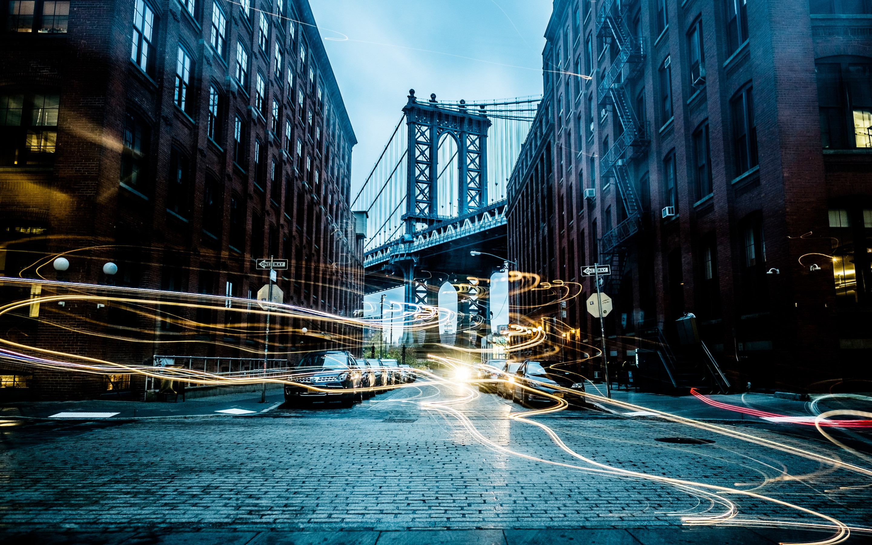 Light painting on New York streets | 2880x1800 wallpaper