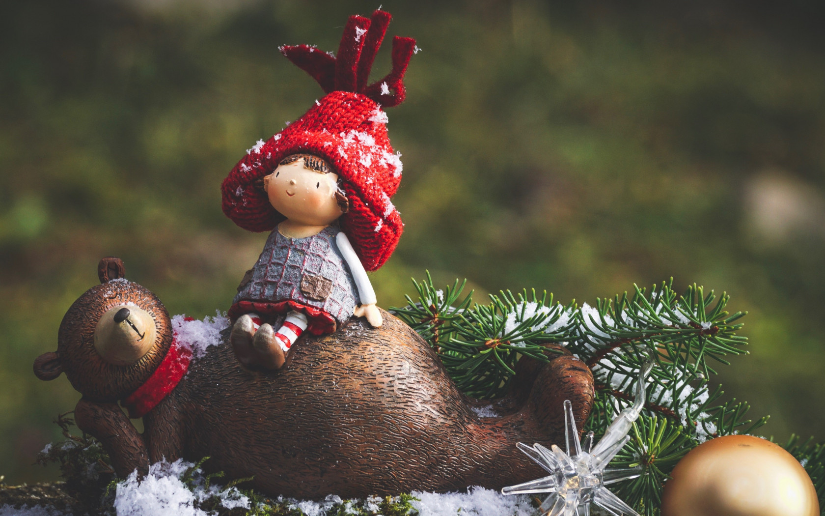 Cute Christmas decoration wallpaper 1680x1050